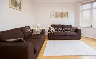picture of 1 Bedroom(s) flat in  Finchley Road, Golders green, NW11
