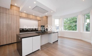 picture of 3 Bedroom(s) flat in  Arkwright Rd, Hampstead, NW3