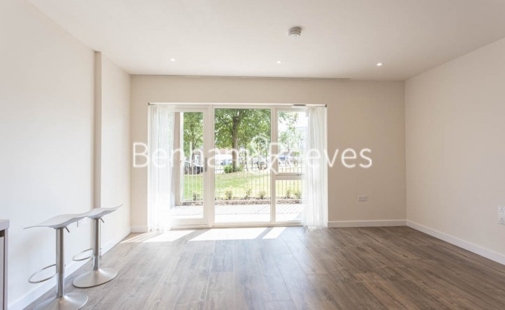 1 Bedroom flat to rent in Buttercup apartments, Mill Hill East, NW7