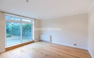 picture of 2 Bedroom(s) flat in  Gayton Road, Hampstead, NW3