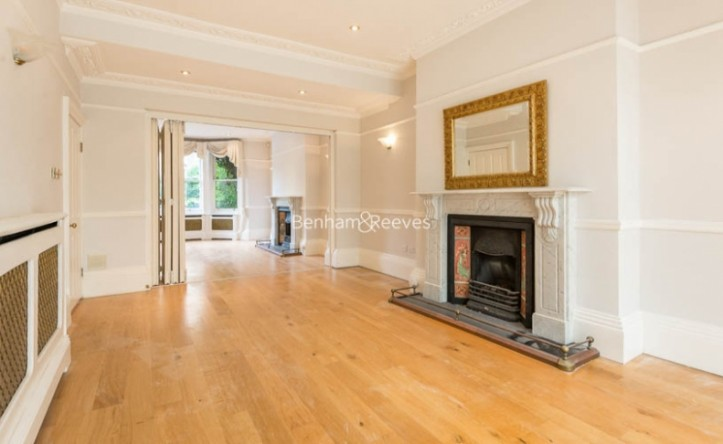 3 Bedroom flat to rent in South Hill Park, Hampstead, NW3