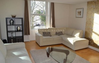 picture of 2 Bedroom(s) flat in  Rosslyn Hill, Hampstead,  NW3