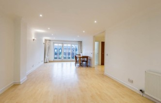 picture of 4 Bedroom(s) flat in  Spencer Walk, Hampstead, NW3