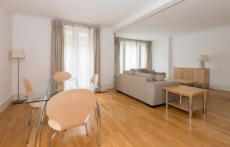 picture of 2 Bedroom(s) flat in  Lucas House, Kings Chelsea, SW10