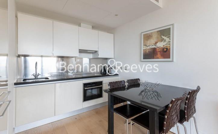 1 Bedroom flat to rent in Grosvenor Waterside, Chelsea, SW1