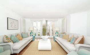 picture of 2 Bedroom(s) flat in  Beauchamp Place, Knightsbridge, SW3