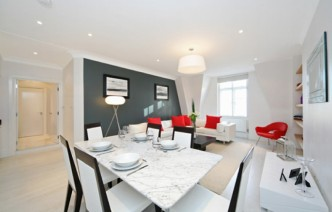 picture of 2 Bedroom(s) flat in  Sloane Court East, Sloane Square, SW3