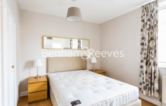 picture of Studio flat in  Chelsea Cloisters, Chelsea, SW3