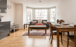 picture of 1 Bedroom(s) flat in  Colony Mansions,Earls Court,SW5