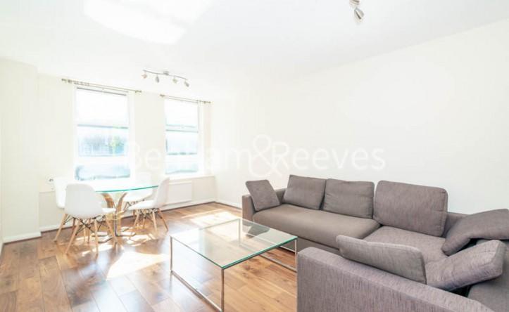 1 Bedroom flat to rent in Pier House, Chelsea, SW3