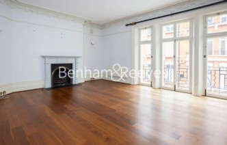 picture of 3 Bedroom(s) flat in  Carlisle Mansions, Victoria, SW1P