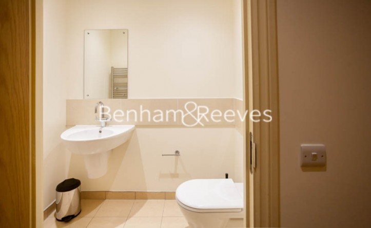 2 Bedroom flat to rent in Vincent Square, Westminster, SW1P