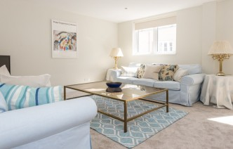 picture of 3 Bedroom(s) flat in  Princes Gate Mews, South Kensington, SW7