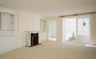 picture of 3 Bedroom(s) flat in  Trident Place, Old Church Street, Chelsea SW3