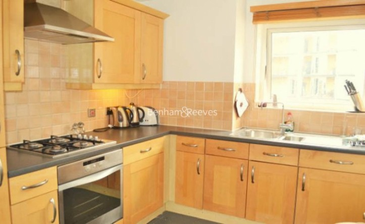 2 Bedroom flat to rent in Palgrave Gardens, Hyde Park, NW1