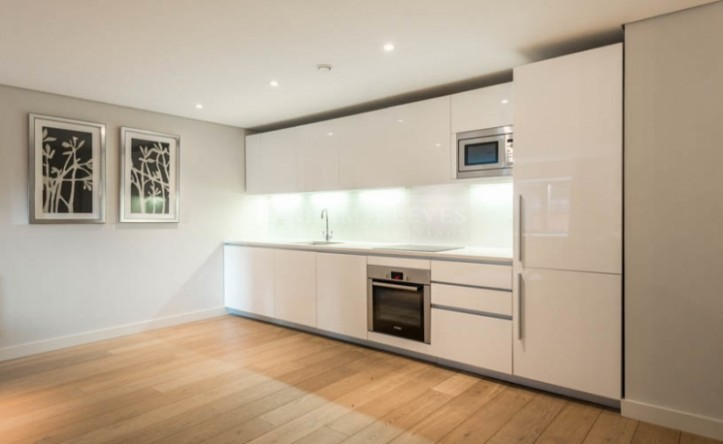 3 Bedroom flat to rent in Merchant Square, Paddington, W2