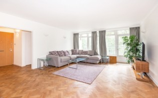 picture of 3 Bedroom(s) flat in  Falmouth House, Hyde Park, W2