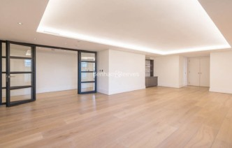 picture of 3 Bedroom(s) flat in  Compass House, Kensington Gardens Square, Bayswater, Hyde Park, W2
