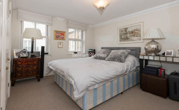 2 Bedroom flat to rent in South End Row, Kensington, W8