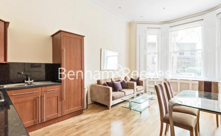 1 Bedroom flat to rent in Ashburn Gardens, Kensington, SW7