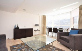 picture of 1 Bedroom(s) flat in  Young Street, Holland Park, W8