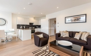 picture of 1 Bedroom(s) flat in  Philbeach Gardens, Earl's Court, SW5