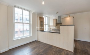 picture of 1 Bedroom(s) flat in  Earls Court Road, Earl's Court, SW5