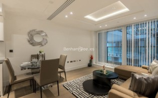 picture of 1 Bedroom(s) flat in  Radnor Terrace, West Kensington, W14