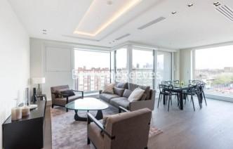 picture of 2 Bedroom(s) flat in  Radnor Terrace, West Kensington, W14