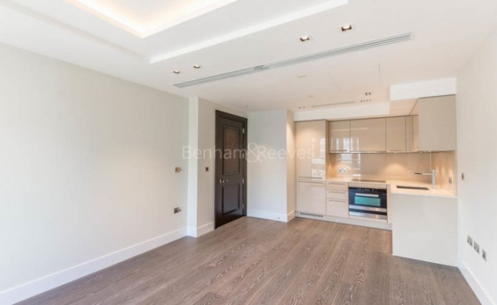 1 Bedroom flat to rent in Radnor Terrace, West Kensington, W14