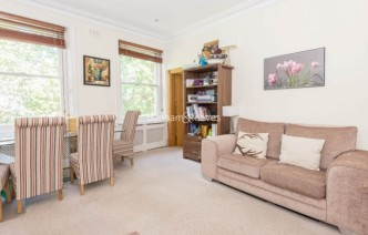 picture of 2 Bedroom(s) flat in  Ashburn Gardens, Glouscester Road, SW7