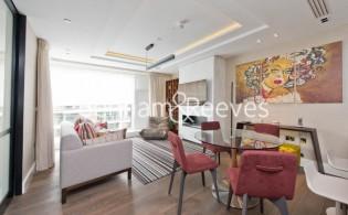 picture of 3 Bedroom(s) flat in  Kensington High Street, Kensington, W14