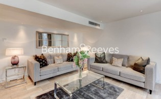 picture of 2 Bedroom(s) flat in  Young Street, Kensington, W8