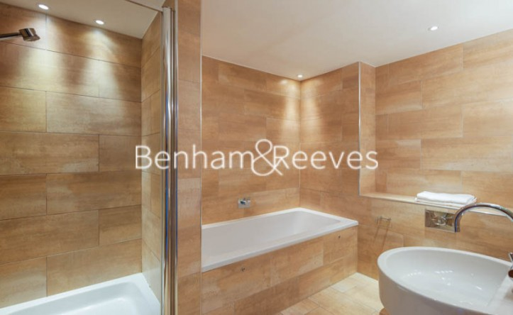 2 Bedroom flat to rent in Young Street, Kensington, W8
