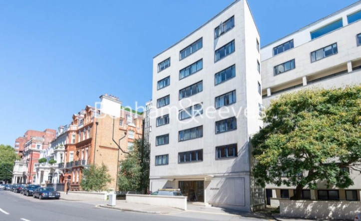 1 Bedroom flat to rent in Palace Gate, Kensington, W8