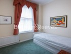 2 Bedroom flat to rent in Kensington Court, Kensington, W8