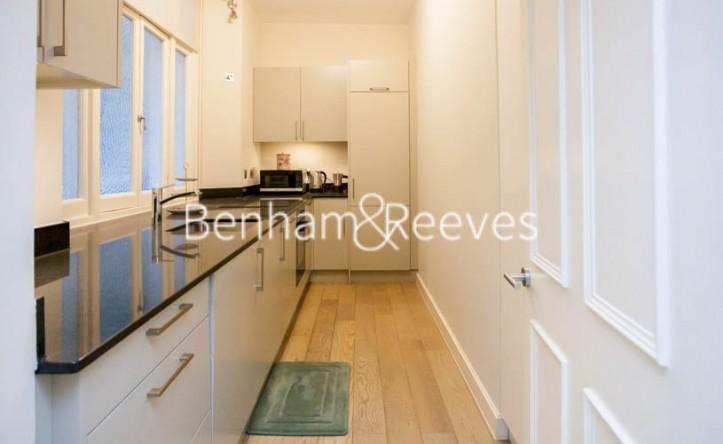 2 Bedroom flat to rent in Albert Court, Prince Consort Road, SW7