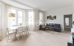 picture of 3 Bedroom(s) flat in  Pitt Street, Kensington, W8
