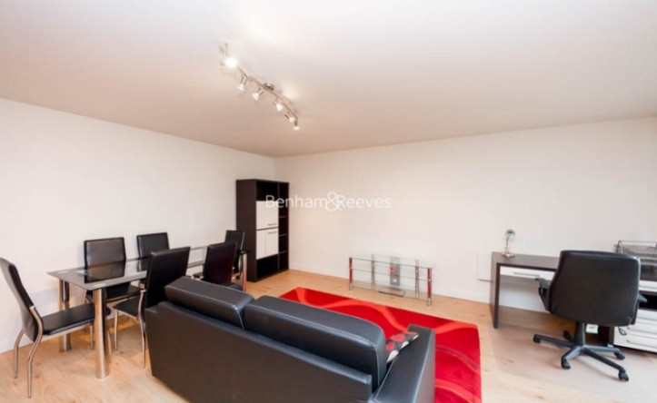 1 Bedroom flat to rent in Boulevard Drive, Colindale, NW9
