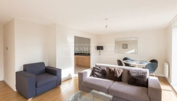 picture of 2 Bedroom(s) flat in  Lingard Avenue, Colindale, NW9
