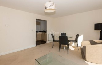 picture of 1 Bedroom(s) flat in  Needleman Close, Colidnale, NW9
