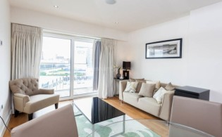 picture of 1 Bedroom(s) flat in  East Drive, Colindale, NW9