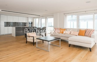 picture of 3 Bedroom(s) flat in  East Drive, Colindale, NW9