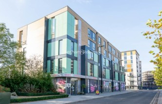 picture of 3 Bedroom(s) flat in  Charcot Road, Colindale, NW9