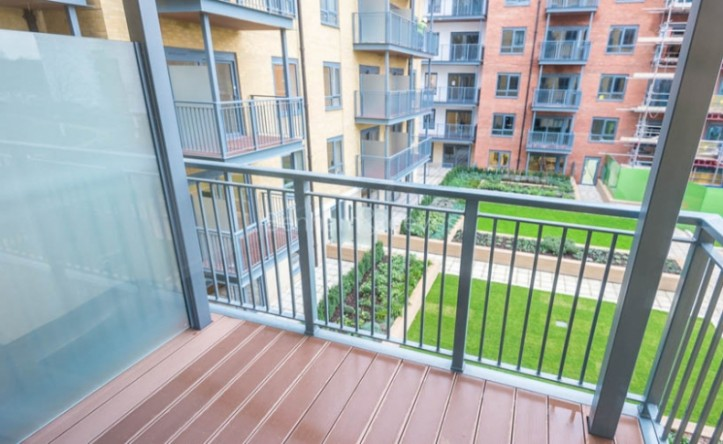 1 Bedroom flat to rent in Aerodrome Road, Colindale, NW9
