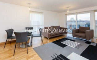 picture of 2 Bedroom(s) flat in  Zodiac Close, Edgware, HA8