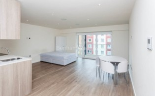 picture of Studio flat in  Beaufort Park, Colindale, NW9