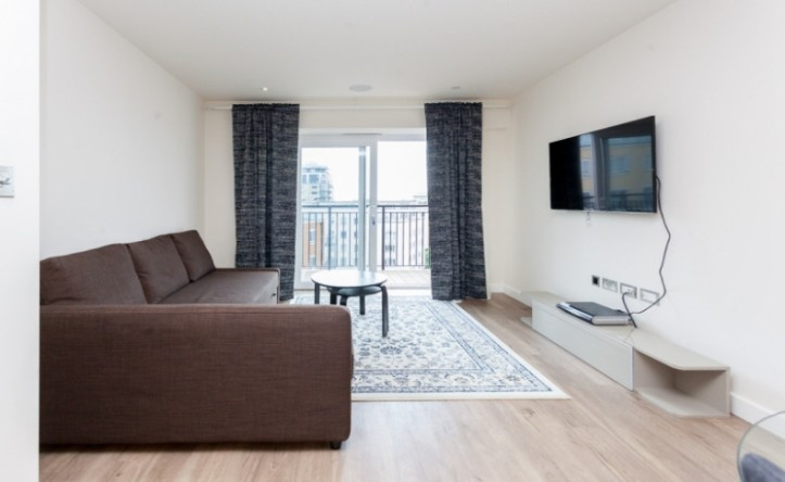 1 Bedroom flat to rent in Goldhawk House, Beaufort Park, NW9