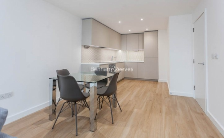 1 Bedroom flat to rent in Caversham Road, Colindale, NW9