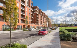 picture of 2 Bedroom(s) flat in  Lismore Boulevard, Colindale, NW9